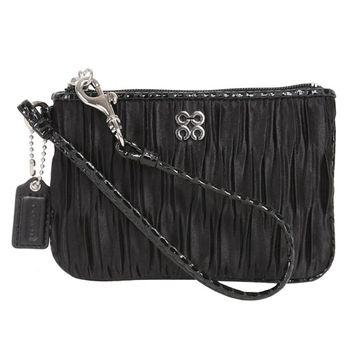COACH 4c-logo皺摺漆皮飾邊手拿包/黑