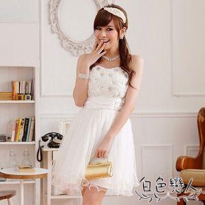 【白色戀人中大尺碼】白色宮廷玫瑰蕾絲網紗平口小禮服JK-0211