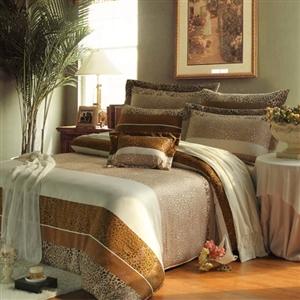 【KOSNEY】豹紋仙境 雙人天絲八件式兩用被床罩組