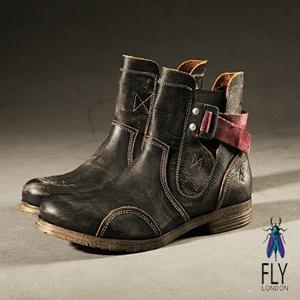 Fly London (男)磨痕仿古粉紅帶中筒軍靴-墨石灰