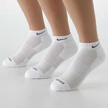 Nike 男舒適DRI-FIT低切白色運動襪3件組