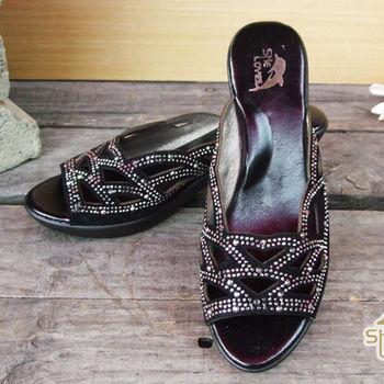 【SHELOVES 喜樂絲】鑲鑽鏤空低跟涼鞋 黑色