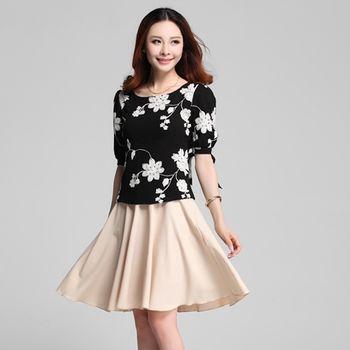 【菟絲花】大尺碼-五分袖圓領兩件套繡花連衣裙