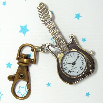 復古小吉他造型鎖扣項鍊二用錶