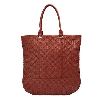 BOTTEGA VENETA經典編織小羊皮直立手提包(梅紅色)325341-6130