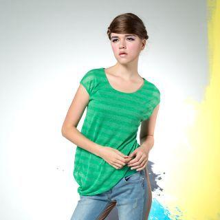 【Plombiere 女匠】設計款不規則下襬短袖上衣(4109029-51)