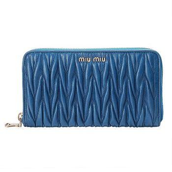 MIU MIU Matelasse' Lux 系列亮羊皮皺摺拉鍊長夾(海洋藍)5M0506-OCEANO