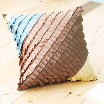 【IYA艾雅】古典荷葉 咖啡繽紛色造型抱枕一入(含枕心)