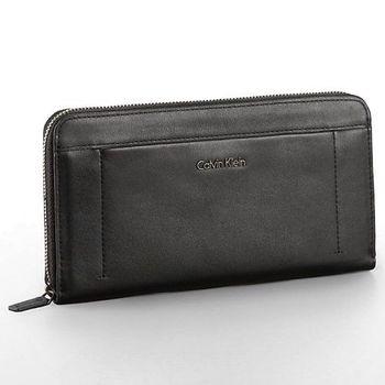 【Calvin Klein】2015女時尚歐陸Aster拉鍊黑色皮夾包(預購)