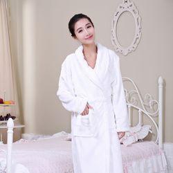 Gene Well冬季珊瑚絨男士女士情侶睡袍-白色