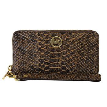 MICHAEL KORS-金logo蟒蛇紋皮革ㄇ拉鍊手拿零錢包(咖)