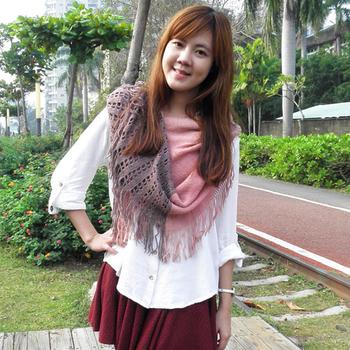 【Lus.G】暖冬印象雙色網格流蘇針織脖圍-藕色/粉色