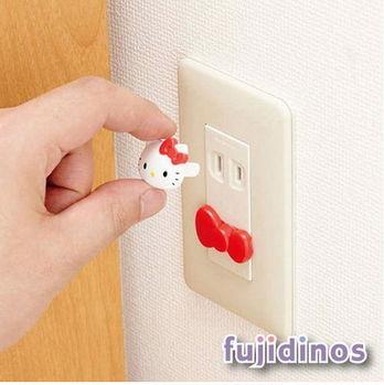 Fujidinos【cecile雜貨】Kitty造型安全插座塞