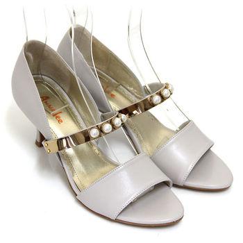 【ANNAlee】ANNAlee 典雅內斂珍珠金屬鏡面全真皮低跟涼鞋-米色