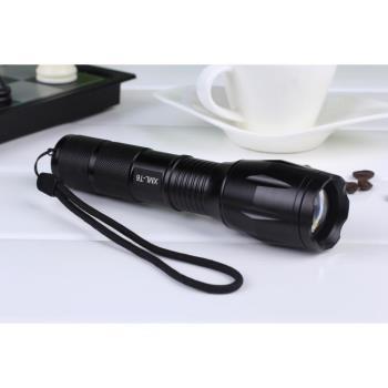 軍警規 5 段強光 LED 防爆款手電筒