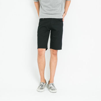 【5buy15】韓版時尚修身素色短褲-共兩色