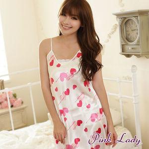 Pink 東森旅遊購物網Lady - LOVE塗鴉愛心絲緞連身睡裙