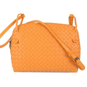 【BOTTEGA VENETA】純手工小羊皮編織斜背包(橙橘)