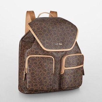 【Calvin Klein】2015女時尚哈德森深褐色真皮Logo後背包(預購)