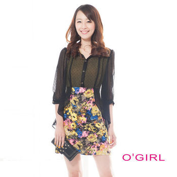 OGIRL雙色雪紡拼接花布前開襟假兩件式七分袖洋裝(黑/黃花)