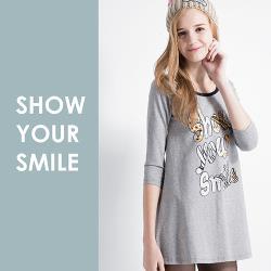 S東森購物購物how出微笑印花七分袖長版上衣(S-XL)