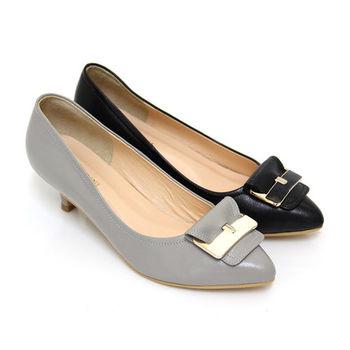 【GREEN PHOENIX】知性自在寬版皮帶飾扣全真皮低跟尖頭包鞋-黑色、灰色