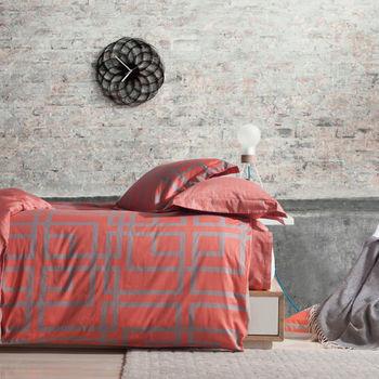 【R.Q.POLO】亞曼尼系列 貝斯 純棉-雙人標準床包兩用被四件組(5X6.2尺)