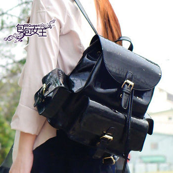【88Queen❤包包女王】正韓空運★時尚鱷魚紋多口袋後背包
