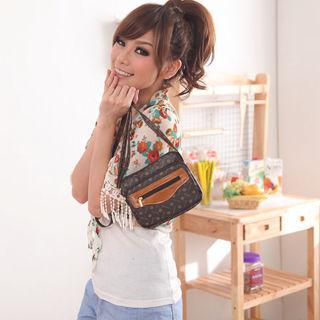 【Miyo】A.Antonio飾紋俏麗多層格貼身斜背包