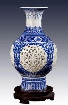 景德鎮陶瓷小花瓶鏤空青花瓷08