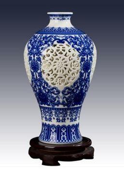 景德鎮陶瓷小花瓶鏤空青花瓷06