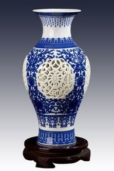 景德鎮陶瓷小花瓶鏤空青花瓷02