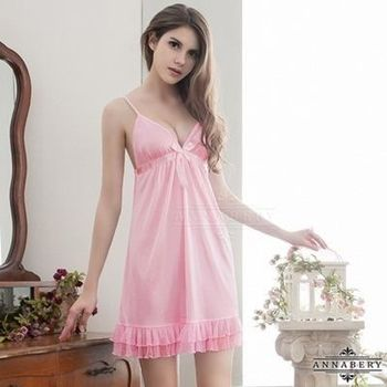 i-Style 加大尺碼Annabery純愛粉紅可愛裙襬柔緞睡衣(粉)【AB27104】