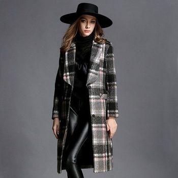 【M2M】時尚格紋西裝領長款顯瘦大衣外套