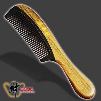 【財神小舖】天然綠檀木梳-長柄+牛角拼接(密齒)血液循環、滋養頭髮、防止脫髮