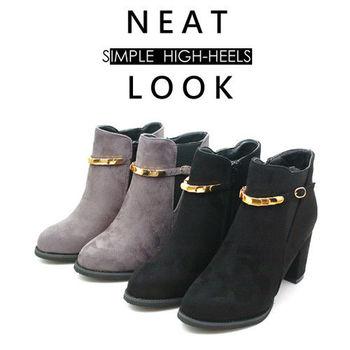 【 cher美鞋】鬆緊帶金屬飾釦粗跟短靴  (黑灰2色) A9013-125