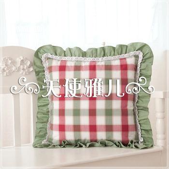 【協貿】田園休閒蕾絲英倫大綠紅格子花邊抱枕含芯