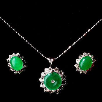【KAGAYAKU】絕代風華玉飾套組 夾式耳環+項鍊(贈品 璀璨珍珠項鍊)