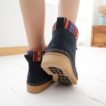 《DOOK》圖騰民族風 拼接絨布高筒靴-藍色