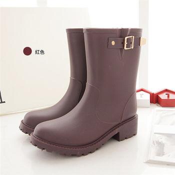 《DOOK》環帶飾釦中筒防水雨靴-棗紅色