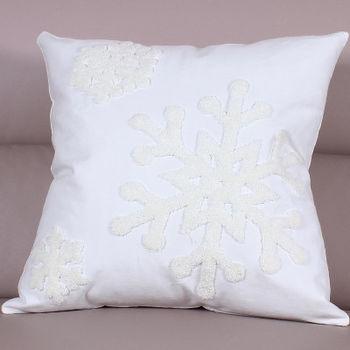 【協貿】時尚百搭聖誕節禮物毛巾繡刺白底雪花方形抱枕含芯