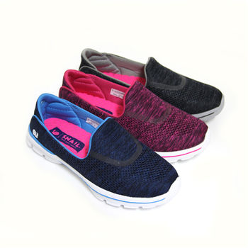 【SNAIL蝸牛】活潑率性極簡飽和撞色輕量休閒平底健走鞋-桃紅色、藍色、黑色