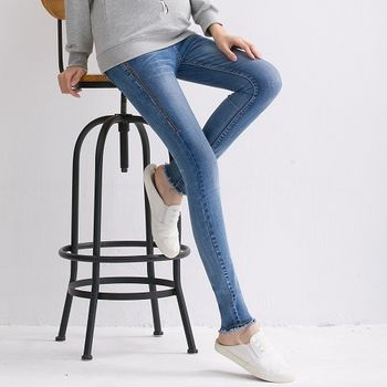 【時尚媽咪】韓版抽鬚刷白修身牛仔褲