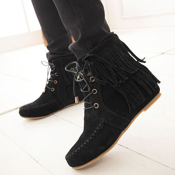 《DOOK》黑色麂皮流蘇縫邊設計短筒靴