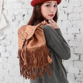 【ZARATA】韓系鉚釘流蘇造型後背包(淺棕)
