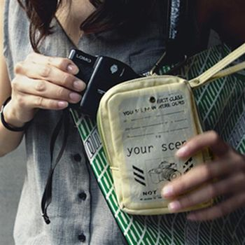 【ZARATA】復復古風格仿舊感相機包收納包隨身包(杏米色)