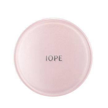 【IOPE】水潤光感舒芙蕾粉凝乳粉盒(一入)