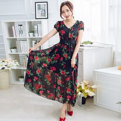 KVOLL中大尺碼黑色玫瑰印花雪紡長洋裝