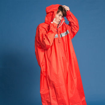 藏衫罩背背款-大人背包太空連身式風雨衣