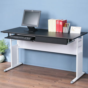 Homelike 巧思辦公桌亮白-黑色仿馬鞍皮140cm(附抽屜.鍵盤架)
